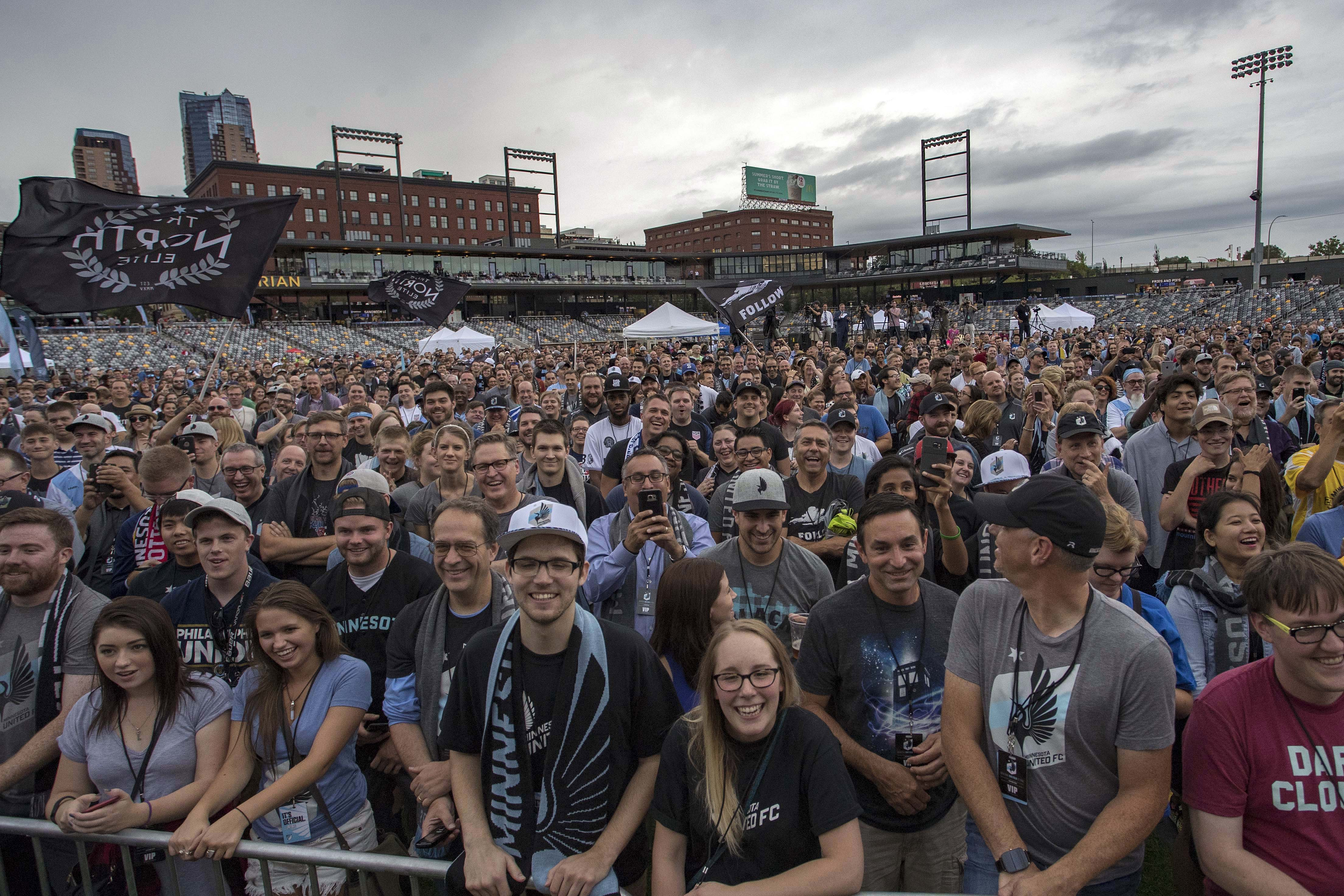 Minnesota United fans, MLS