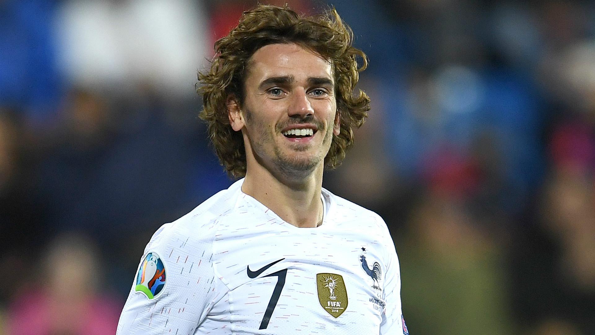 Islande-France : les Bleus en 4-2-3-1 avec Digne et Sissoko titulaires