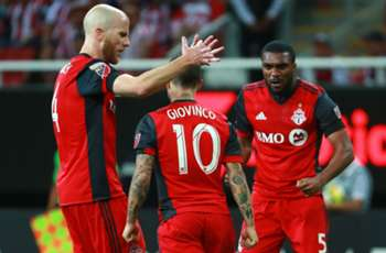 MLS Review: Altidore hat trick leads TFC to Canadian title, Rooney hits double