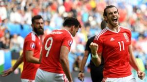 Gareth Bale Wales v Slovakia Euro 2016