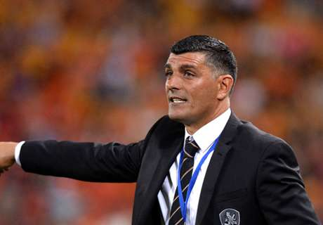 Aloisi keen to stay at Roar