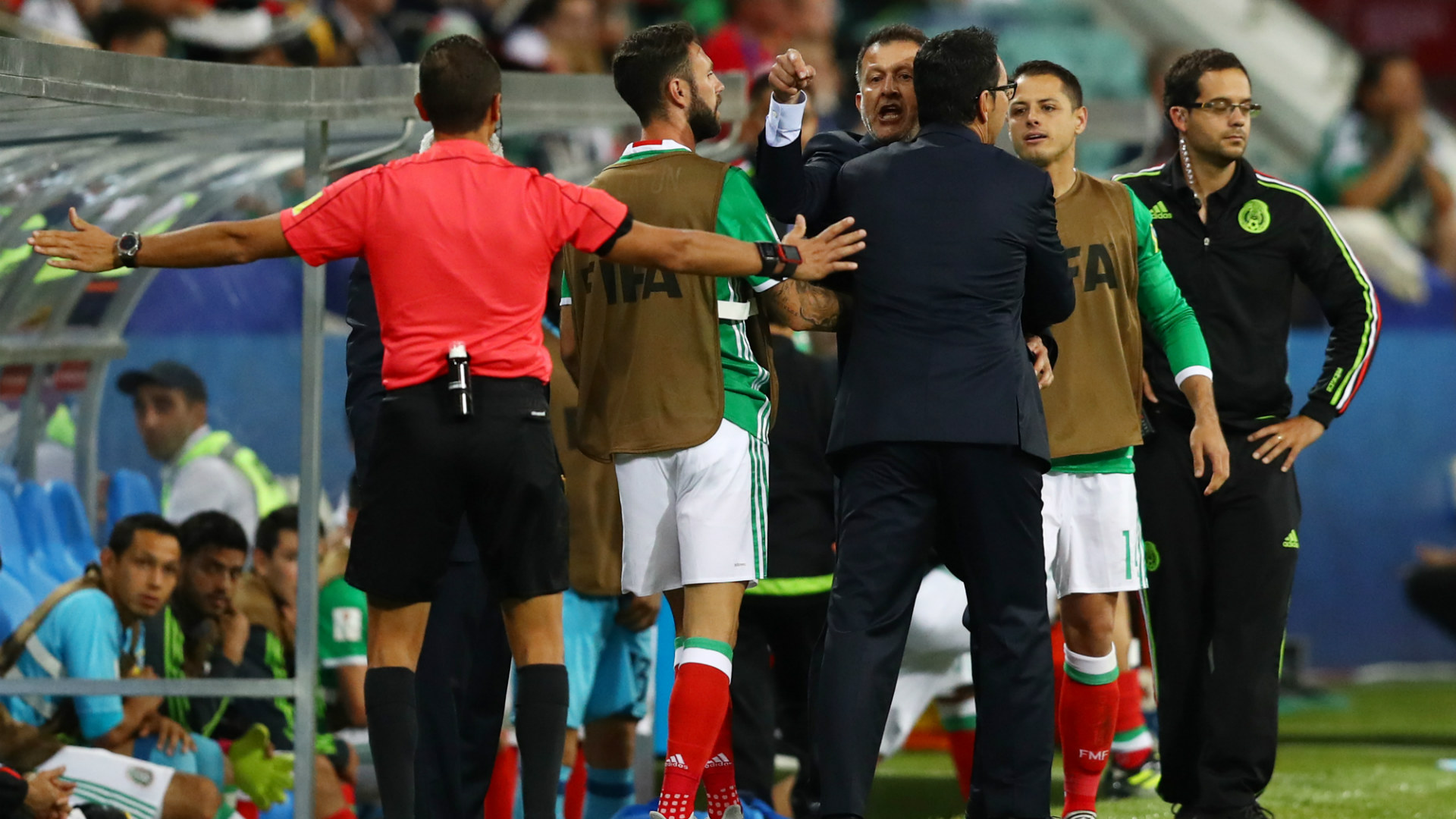 Mexico wins Confederations Cup match; brawl is a tie