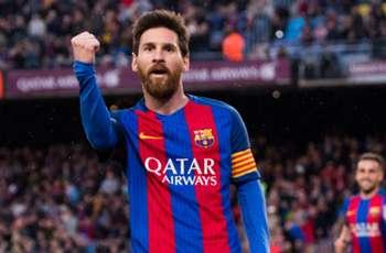 VIDEO: Messi trolls Cillessen with cheeky nutmeg