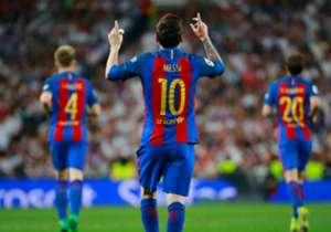 50) Real Madrid 2-3 Barcelona | La Liga | 23/04/2017 | En la última jugada del partido, el crack argentino se hizo presente para darle la victoria a los suyos con un precioso remate desde el borde del área. Fue su gol número 500 con la camiseta de Barc...