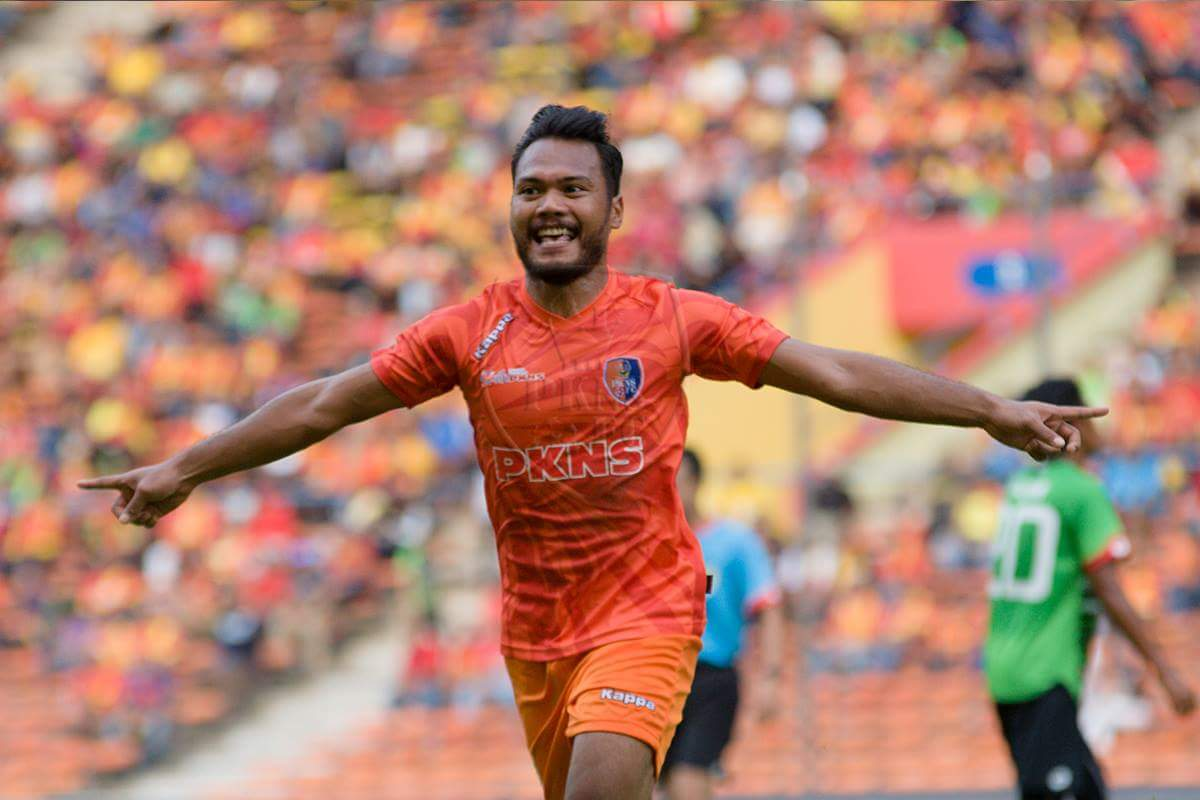 PKNS' Safee Sali celebrating his goal against Selangor 4/2/2017