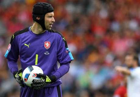 Cech: Arsenal Bukan Tim Latah Beli Pemain Bintang