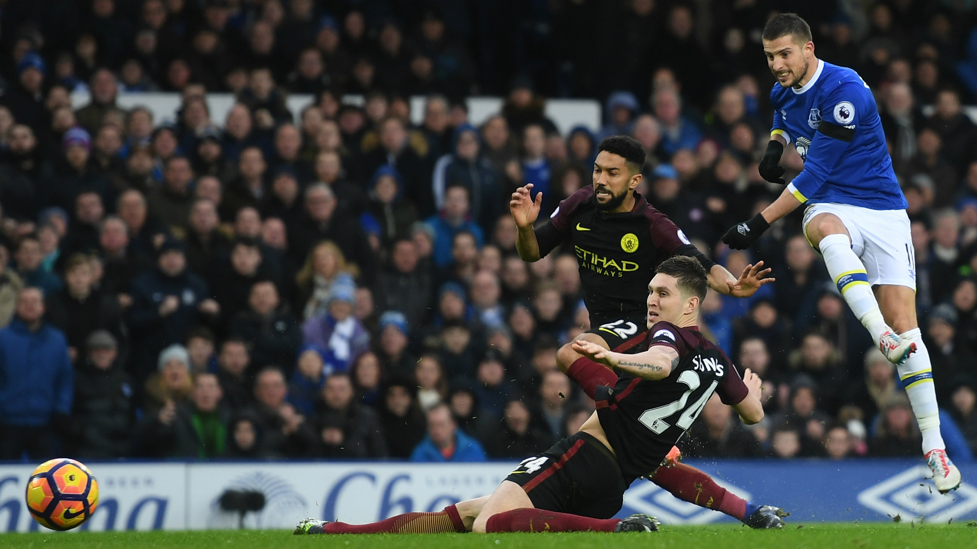 El City se desangra ante el Everton (4-0) y dice adiós a la Premier