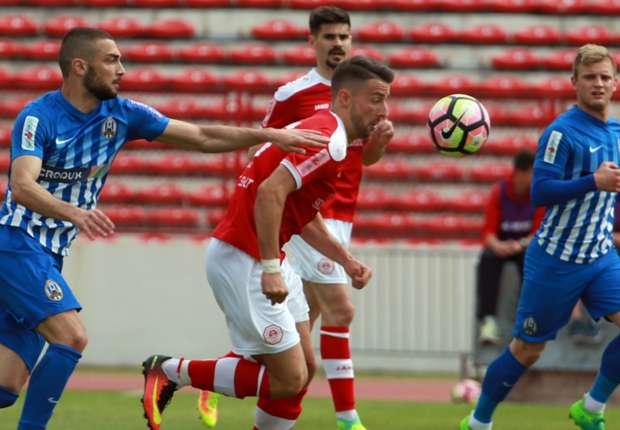 Split i Lokomotiva odigrali su dvoboj s četiri udarca u okvir gola, devet žutih kartona i 40 prekršaja