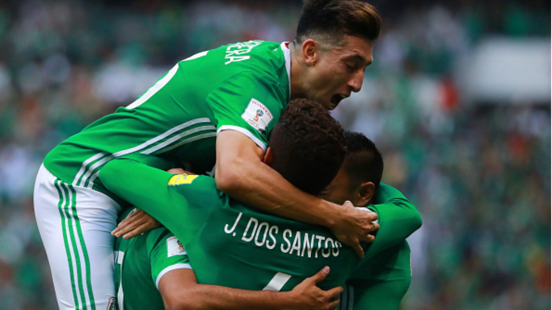 Defensa Miguel Layún 'asesora' a Osorio sobre jugadores de Portugal
