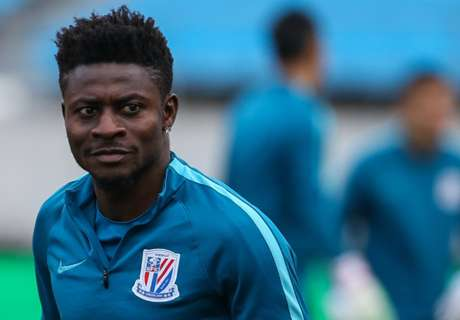 Obafemi Martins goes cruising on his yacht