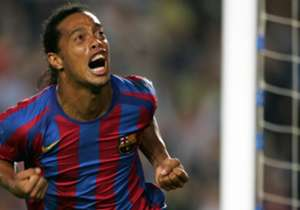 Ronaldinho (2003-08) cambió la historia reciente del Barcelona para volver a convertirlo en un equipo ganador. Destacan en su etapa como blaugrana dos Ligas y la Champions League de 2006