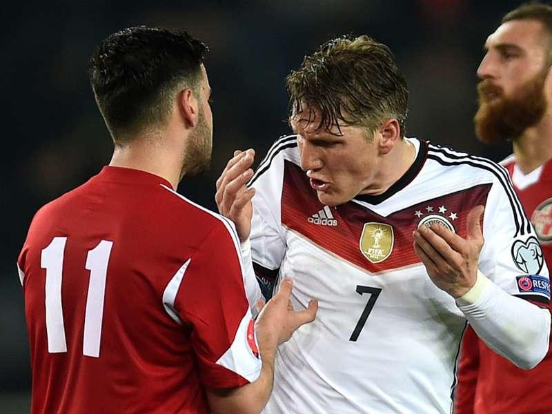 Germany must improve, says Schweinsteiger