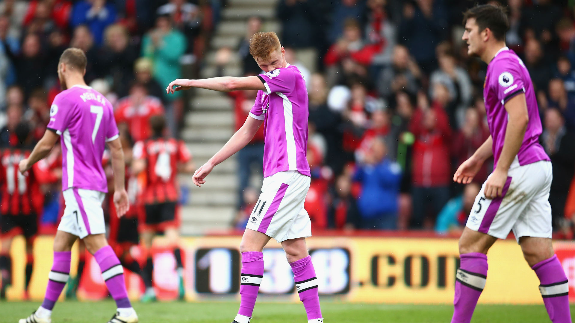 sam-clucas-premier-league-bournemouth-v-