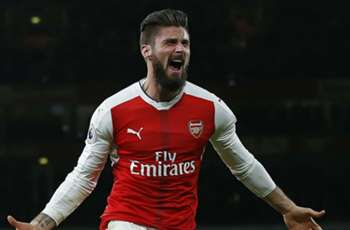 TEAM NEWS: Giroud starts for unchanged Arsenal as Bellerin only makes bench