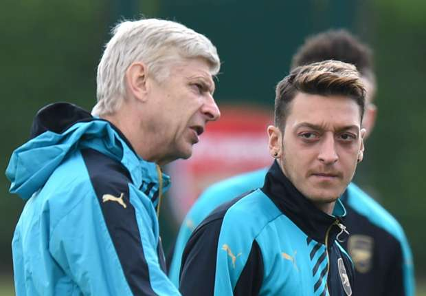 Arsenal star Ozil still expected to sign new contract