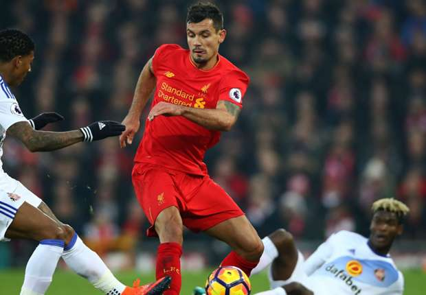 Liverpool 2-0 Sunderland: Coutinho injury puts a damper on win