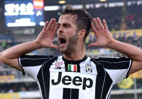 Juve's Pjanic keeps pic of Roma boss