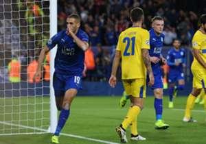 Slimani esulta dopo il goal dell'1-0