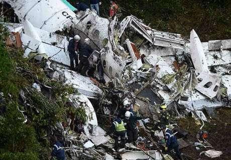 Luci spente in aereo: Belgrano non parte