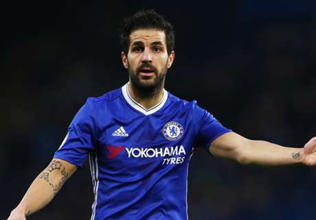 Villa mocks Cesc over topless pic