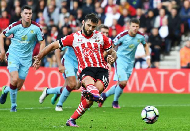 Southampton 3-1 Burnley: Austin double sinks Clarets
