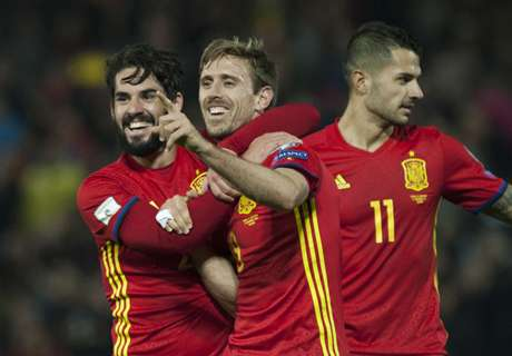 Monreal scores first Spain goal in win