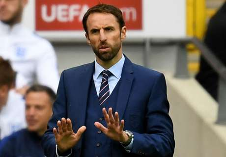 Betting: Southgate 11/8 to keep job