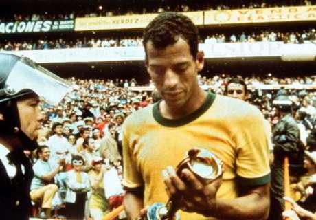 Legenda Brasil Carlos Alberto Tutup Usia