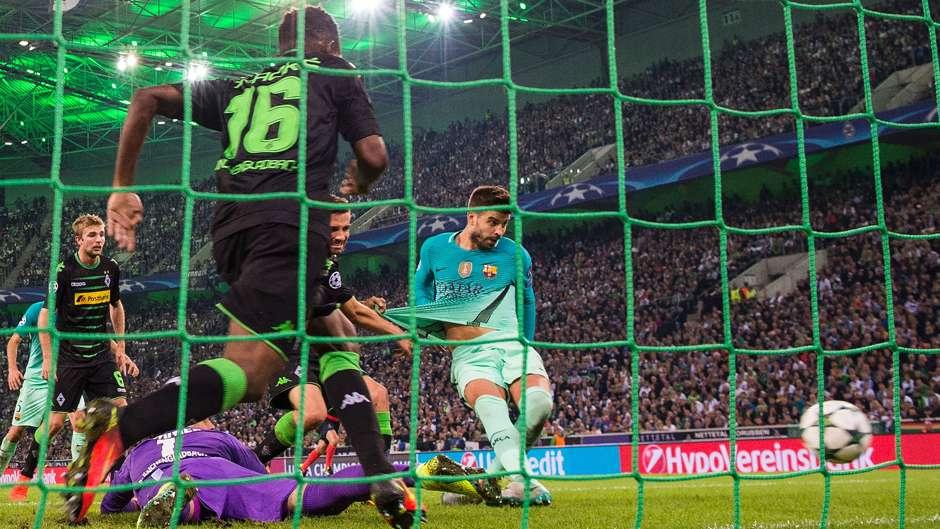 Gerard Pique Barcelona Borussia Monchengladbach