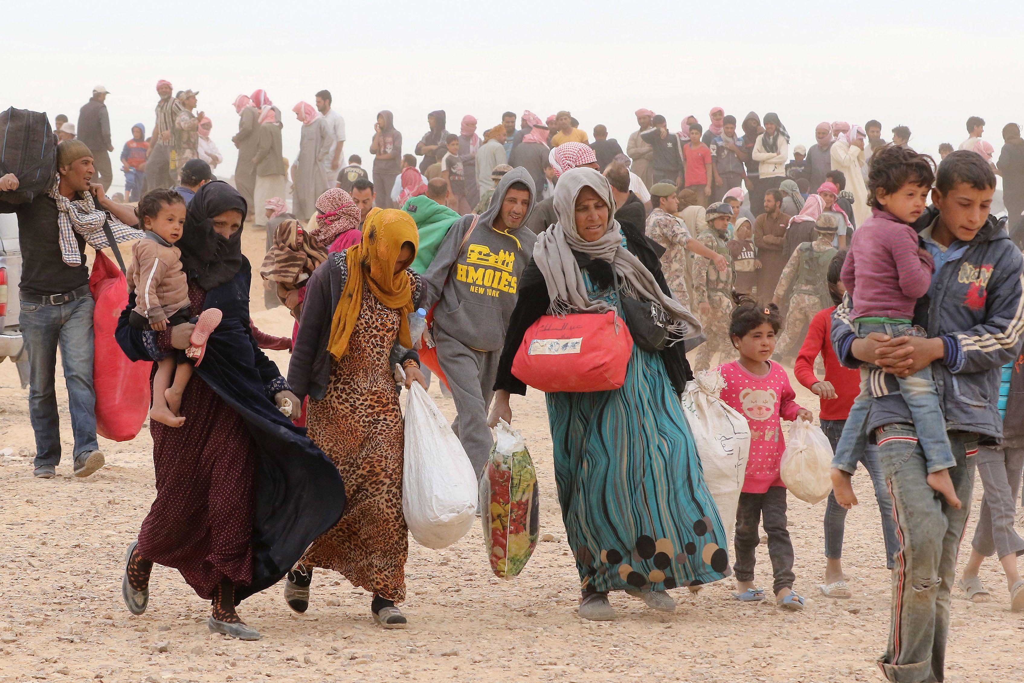 syria-refugees_34hu058ojc5z1taanejzf192j