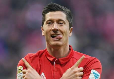Lewandowski MOCKS Ballon d'Or