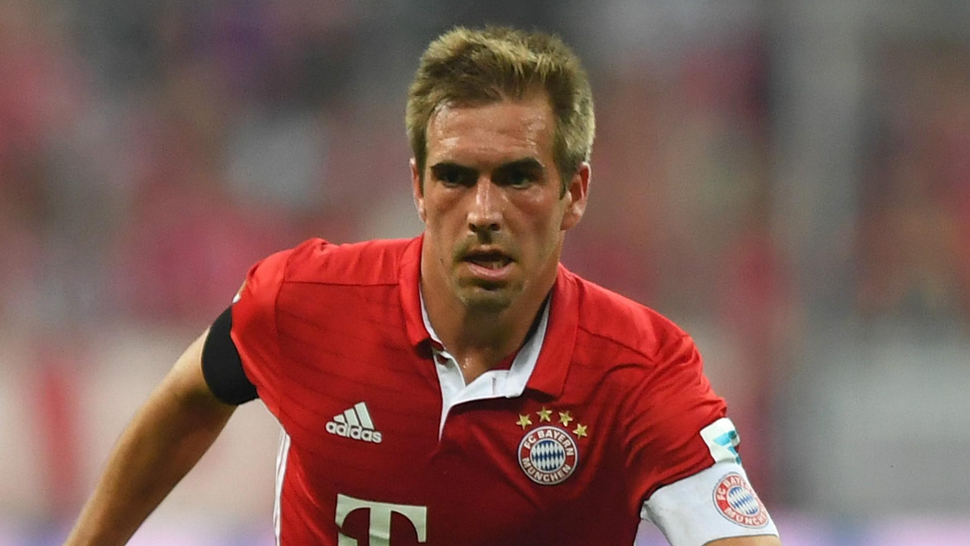 Bayern Carlo Ancelotti wanted Philipp Lahm to play on