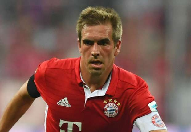 Ancelotti keen for Lahm to carry on playing