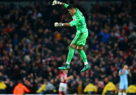 Valdes back to his Barcelona best