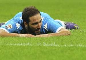 <strong>GONZALO HIGUAÍN</strong> | Máximo goleador de Napoli en la 2014-15, Pipita se cae de la lista Goal 50 después del colapso final que su equipo vivió en el tramos decisivo de la temporada en la que quedó afuera de Champions League, Europa League ...