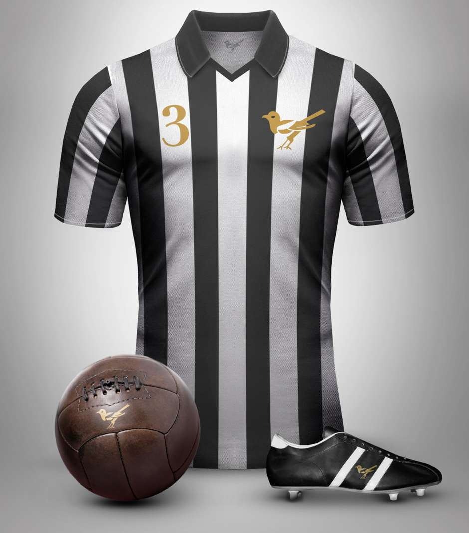 new product 330ef c5525 Retro Shirts Newcastle United