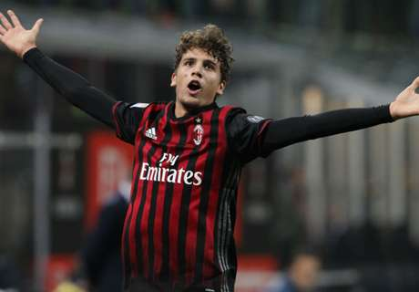 Locatelli stunner sinks Juventus