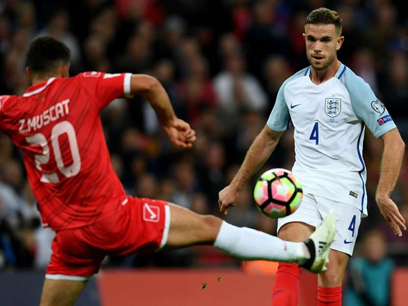 'Sloppy' England should have punished Malta, says Henderson