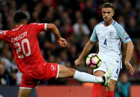 England were 'sloppy' - Henderson