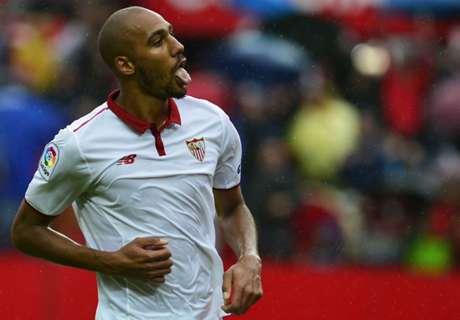 Sevilla beat Atletico to go top