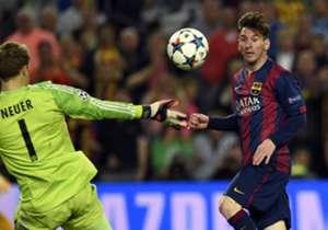 Lange Zeit war es ein enges Match - doch am Ende setzten sich Lionel Messi (r.) und seine Teamkollegen vom FC Barcelona klar gegen den FC Bayern München mit 3:0 durch. Hier kommen die besten Bilder des Halbfinal-Abends aus der Champions League.