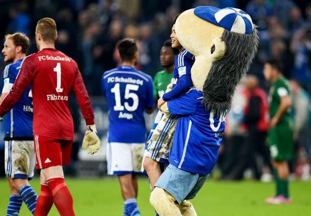 Schalke 1-0 Augsburg: Draxler limps off as Di Matteo's side triumph