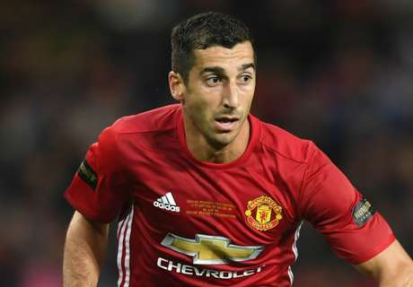 Man Utd fans call for Mkhitaryan start