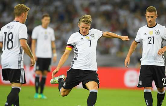 FC Dallas shows interest in Bastian Schweinsteiger
