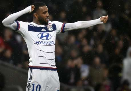 Lacazette open to PSG, says brother