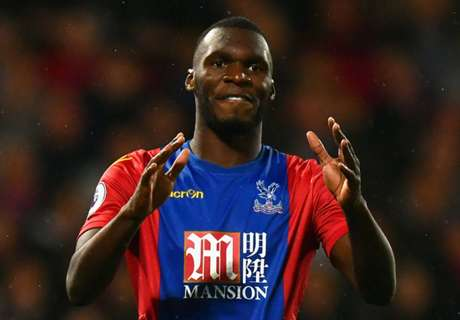 Benteke not thinking about PSG move