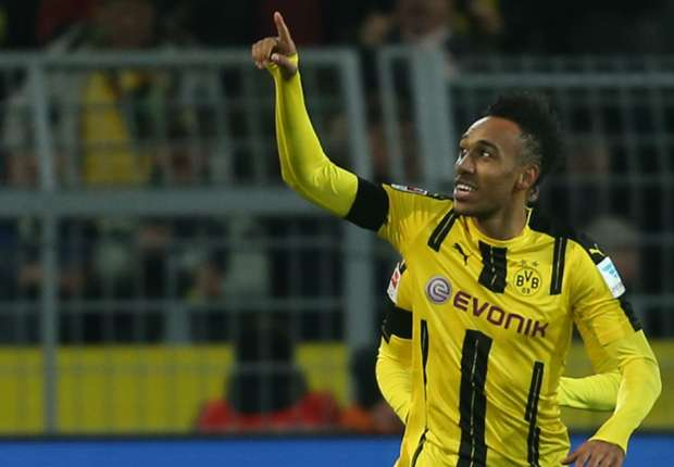 Borussia Dortmund 1-0 Bayern Munich: Aubameyang strikes to keep champions off top