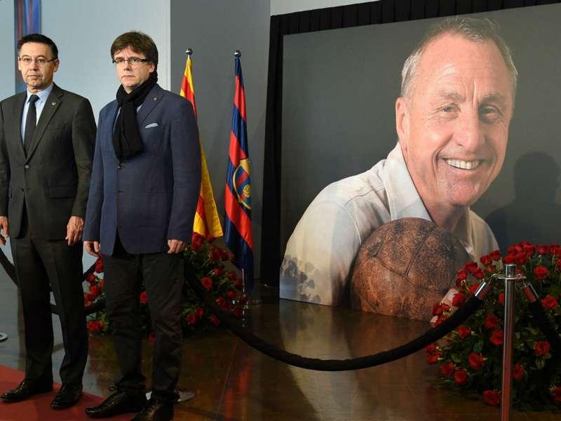 Bartomeu leads tributes as Barcelona open Cruyff memorial
