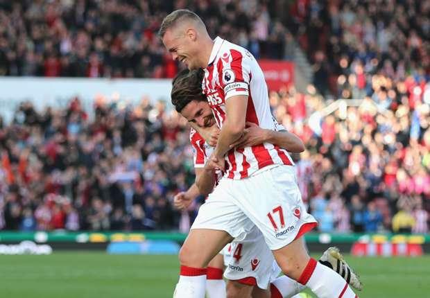 Stoke City 2-0 Sunderland: Allen double downs Moyes's men