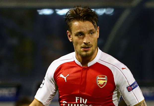 RUMOURS: Marseille want Arsenal's Debuchy